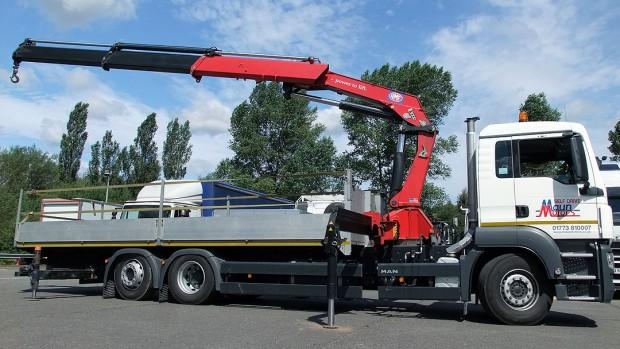 MAN-26t-front-mount-crane_hire_08c