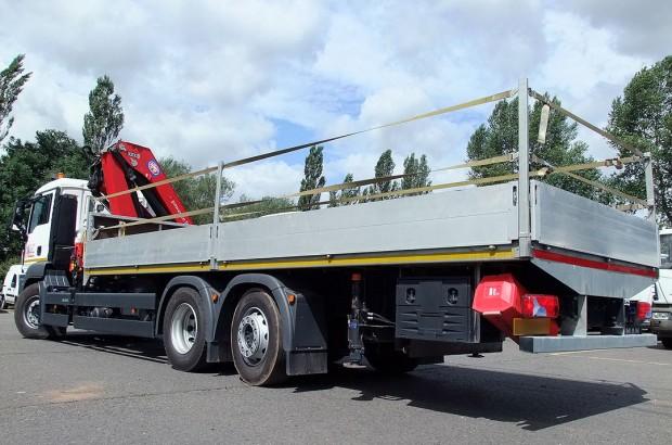 MAN-26t-front-mount-crane_hire_13b