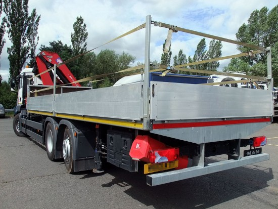 MAN-26t-front-mount-crane_hire_15a