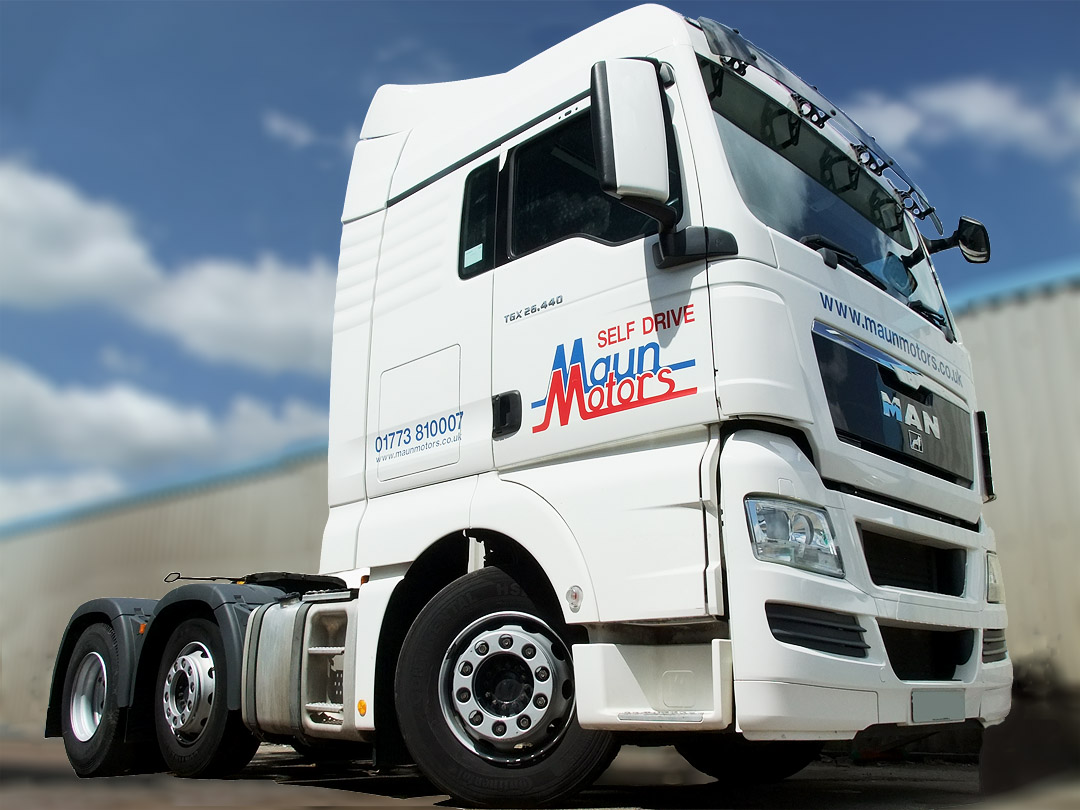 Self-Drive Tractor Unit hire & artic / articulated lorry rental