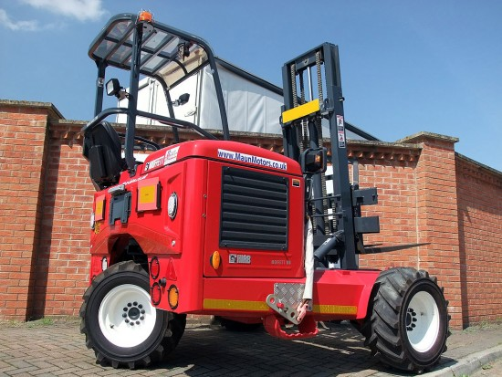 Moffett M8 Truck Mounted Fork Lift Rental 03