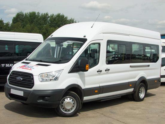 17 seat minibus hire - Maun Motors Self Drive commercial vehicle rental Derbyshire