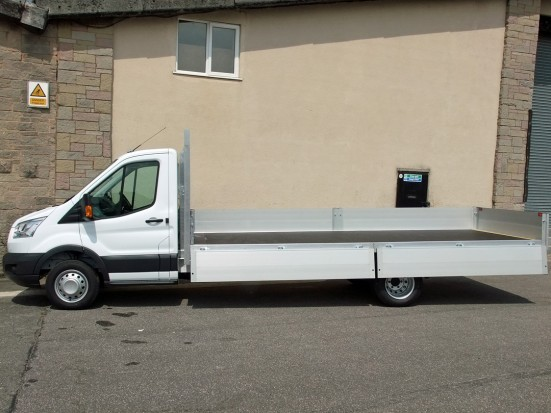 Transit Dropside 17 foot Dropside Hire 04