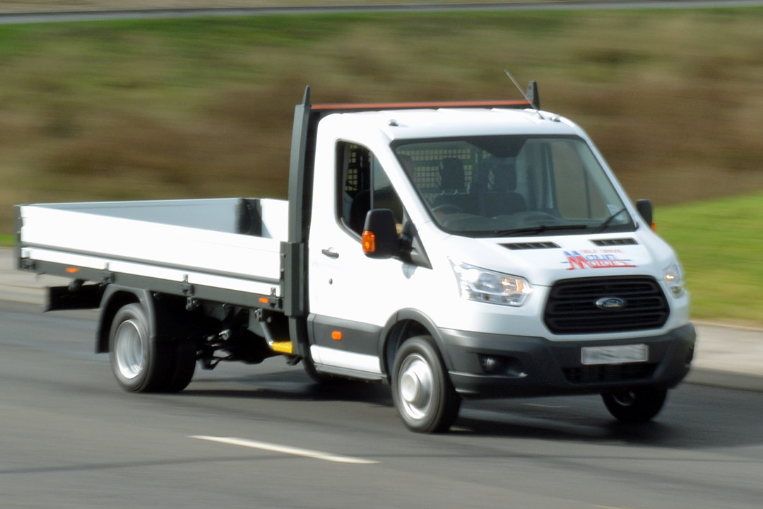 3.5t Dropside Hire - 13.5 foot / 4.12 m Flatbed