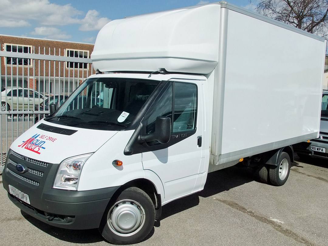 3.5t Luton Box Van with Tail Lift - 12 foot / 3.65 m