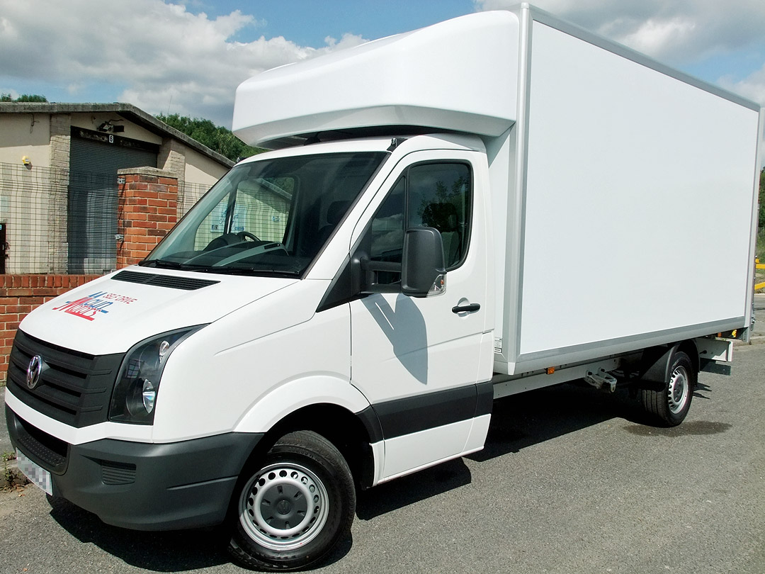 3.5t Luton Box Van with Tail Lift - 14 foot / 4.25 m