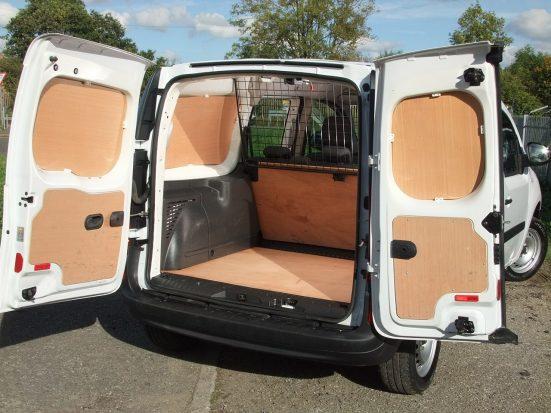Mercedes-Benz Citan Dualiner small crew van hire - crew cab small van rental 25