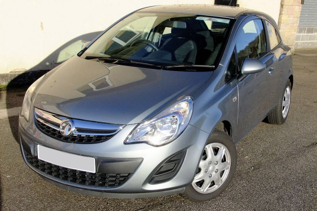 Vauxhall Corsa Hatchback Car Rental 04