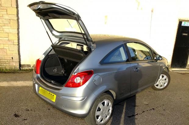 Vauxhall Corsa Hatchback Car Rental 09