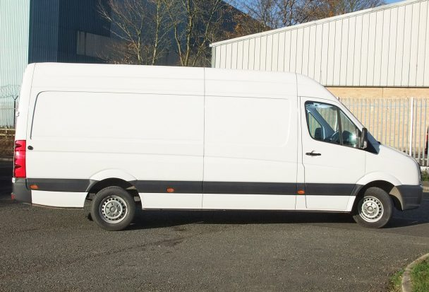 crafter-lwb-panel-van_hire_07