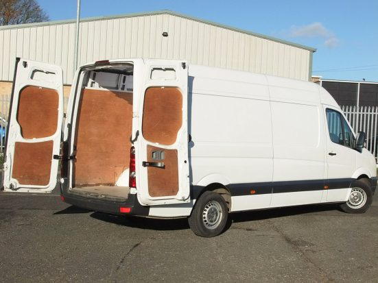 crafter-lwb-panel-van_hire_08