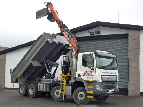 daf-32t-tipper-grab_hire_12b