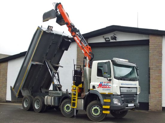 daf-32t-tipper-grab_hire_13b
