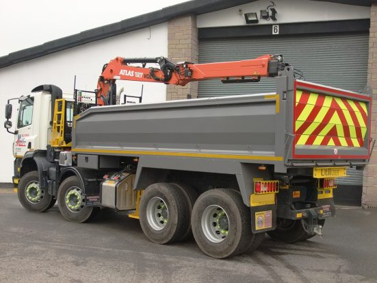 daf-32t-tipper-grab_hire_16