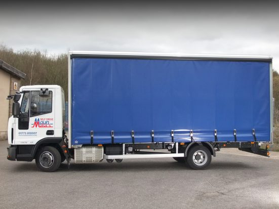 iveco eurocargo curtain day cab HIRE_05
