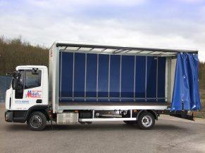 7.5 tonne curtain Tautliner body - 7.5 tonne Curtainside Lorry Hire