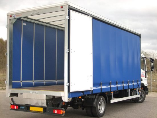 iveco eurocargo curtain day cab HIRE_18