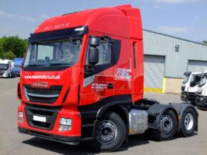 Euro 6 Tractor unit hire - Iveco Stralis HI-WAY long distance sleeper cab lorry rental - London ULEZ compliant