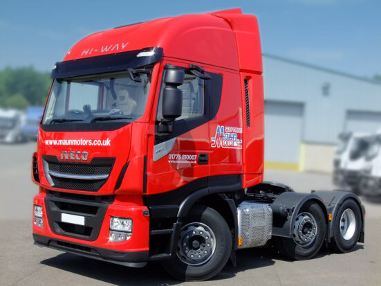 Euro 6 Tractor unit hire - Iveco Stralis HI-WAY long distance sleeper cab lorry rental - London ULEZ compliant