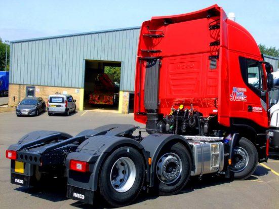 iveco-stralis-tractor-unit-euro6_HIRE_07