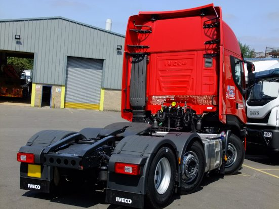 iveco-stralis-tractor-unit-euro6_HIRE_08