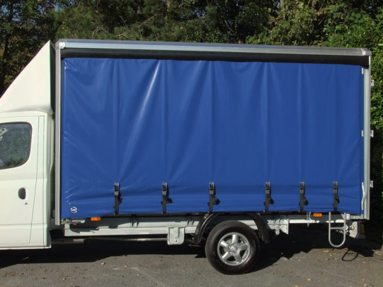 ldv-v80-curtain-side_hire_03