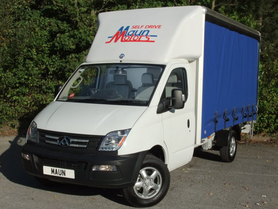 ldv-v80-curtain-side_hire_04