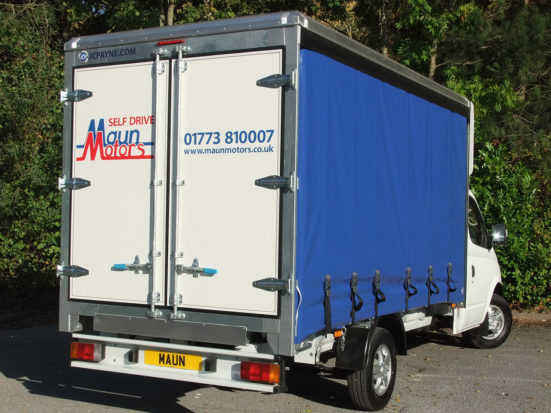 ldv-v80-curtain-side_hire_08