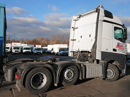 Mercedes-Benz Actros Euro 6 tractor unit hire 07