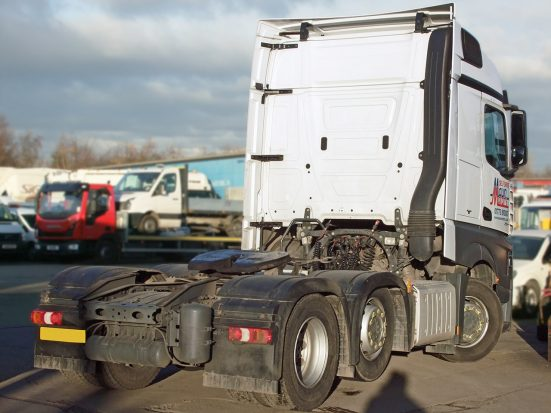 Mercedes-Benz Actros Euro 6 tractor unit rental 03