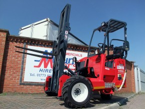 Moffett Hire - Moffett M8 Lorry Mounted Fork Lift Truck Rental from Maun Motors Self Drive Moffett Mounty hire
