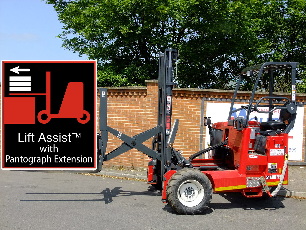 Moffett M5 PL Pantograph - Lorry-Mounted Forklift Truck Hire