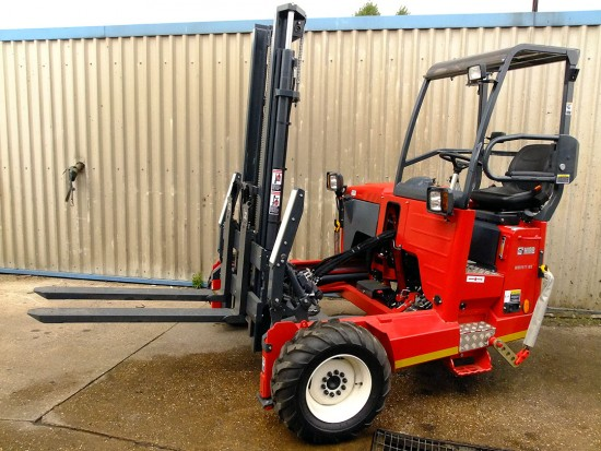 Moffett M5 Truck Mounted Fork Lift Rental 16