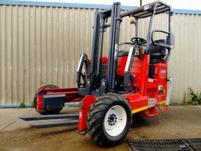 Moffett rental - Moffet M5 Lorry Mounted Mounty Fork Lift Truck hire from Maun Motors Self Drive