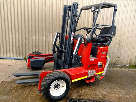 Moffett M5 Truck Mounted Fork Lift Rental 02
