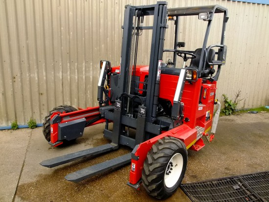 Moffett M5 Truck Mounted Fork Lift Rental 04