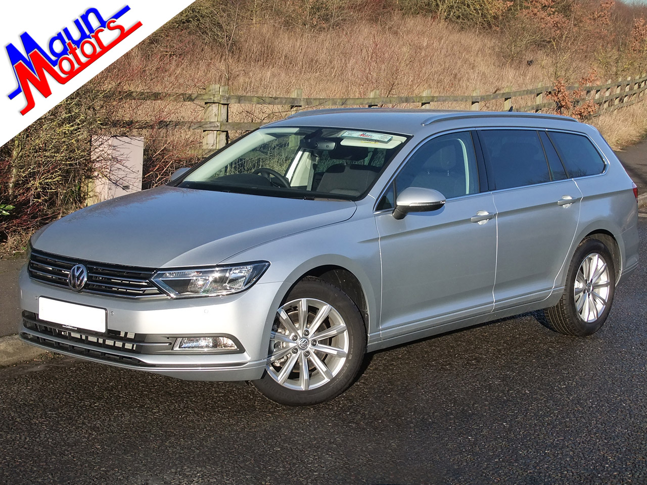 Car Hire - Luxury 5-Door Estate - e.g. Volkswagen Passat BlueMotion