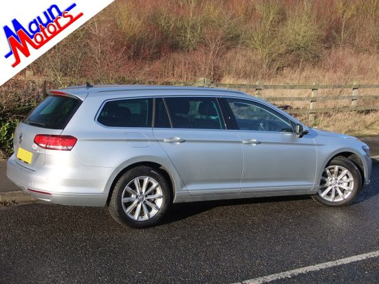 new-passat-estate_hire_11a