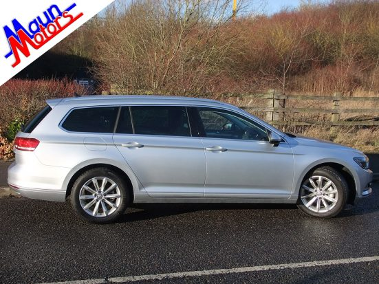 new-passat-estate_hire_12a