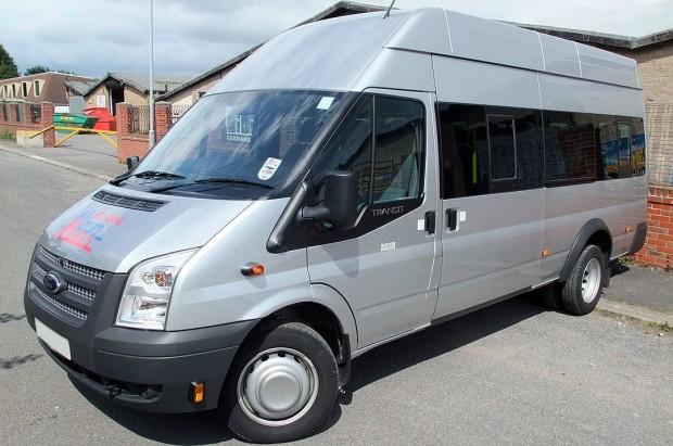 Ford Transit 17 Seat Minibus Rental