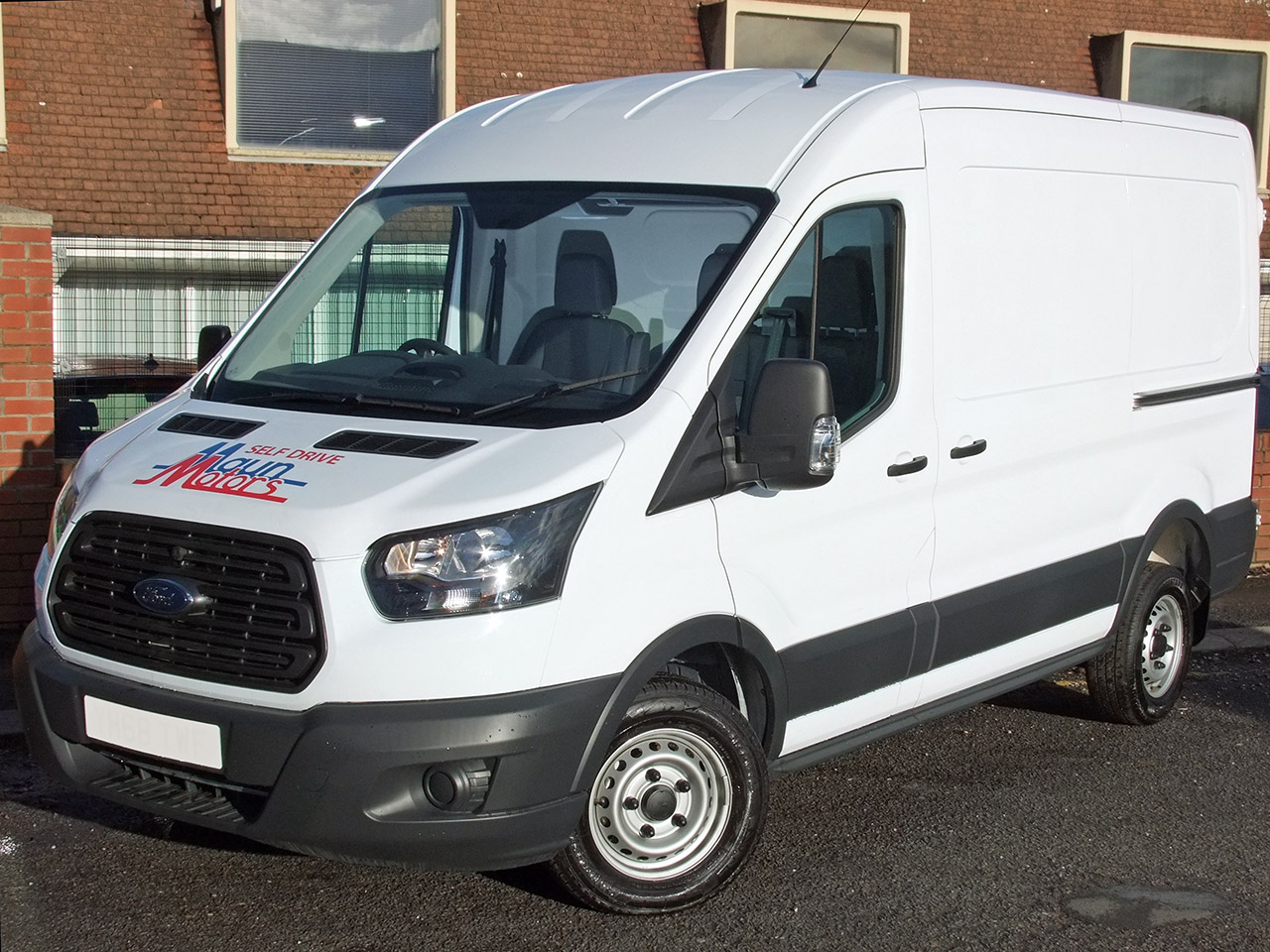 Van Hire - MWB Medium Wheelbase, Medium Roof Panel Van - L2H2
