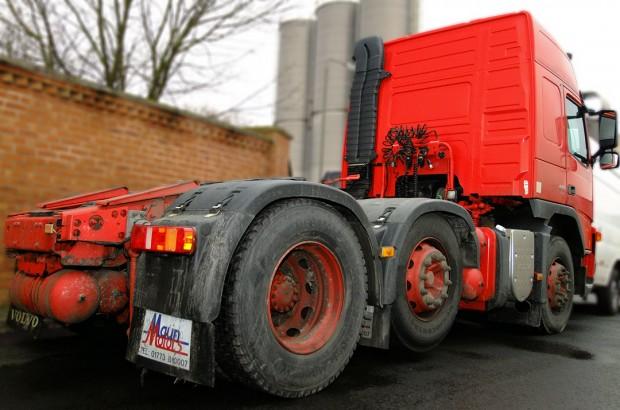 Volvo FM440 6x2 Tractor