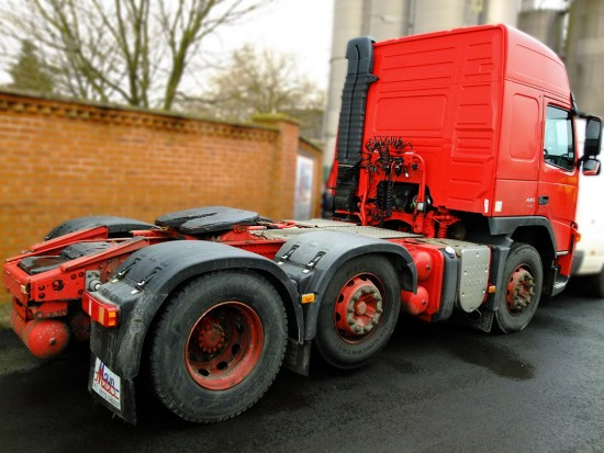 Volvo Tractor Unit FM 440 Hire